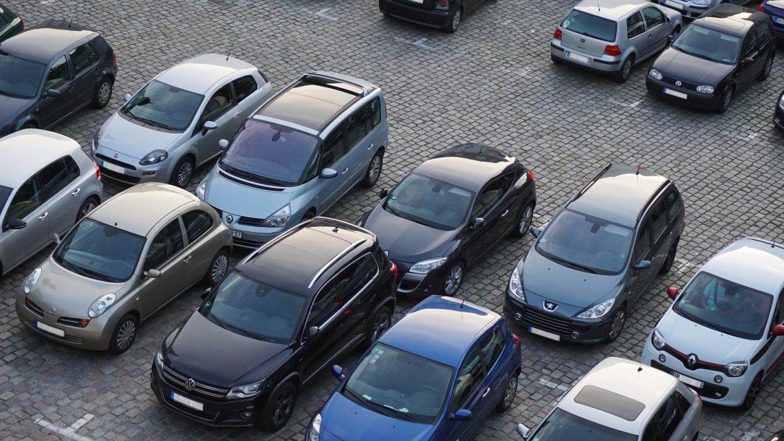 Een niet parkeren parkeerbord lost terrein parkeerproblemen op!